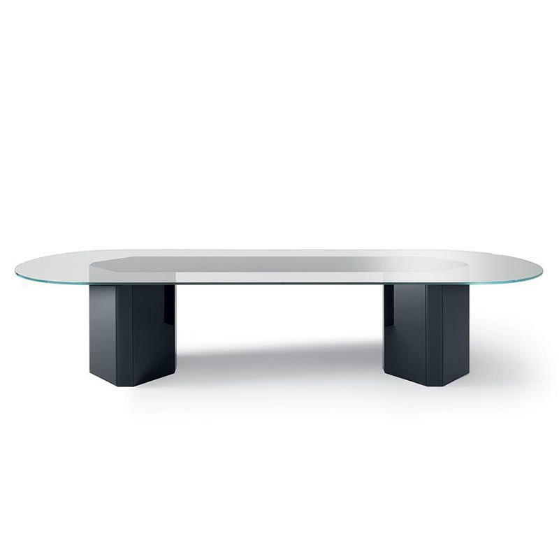 Akim-gallotti-and-radice-dining-tables