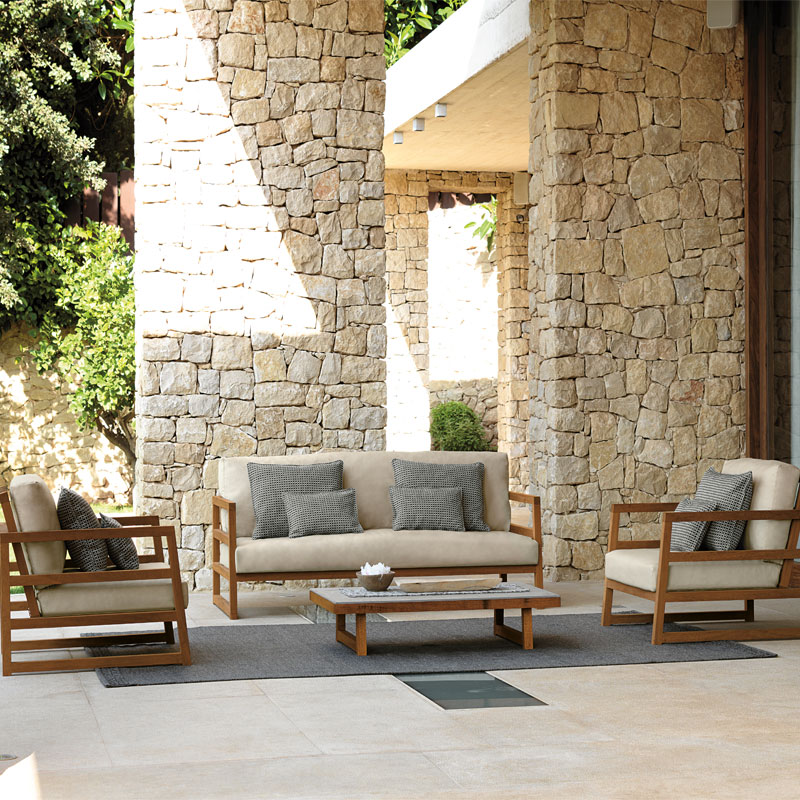 labama-talenti-outdoor-furniture-lifestyle-sofa