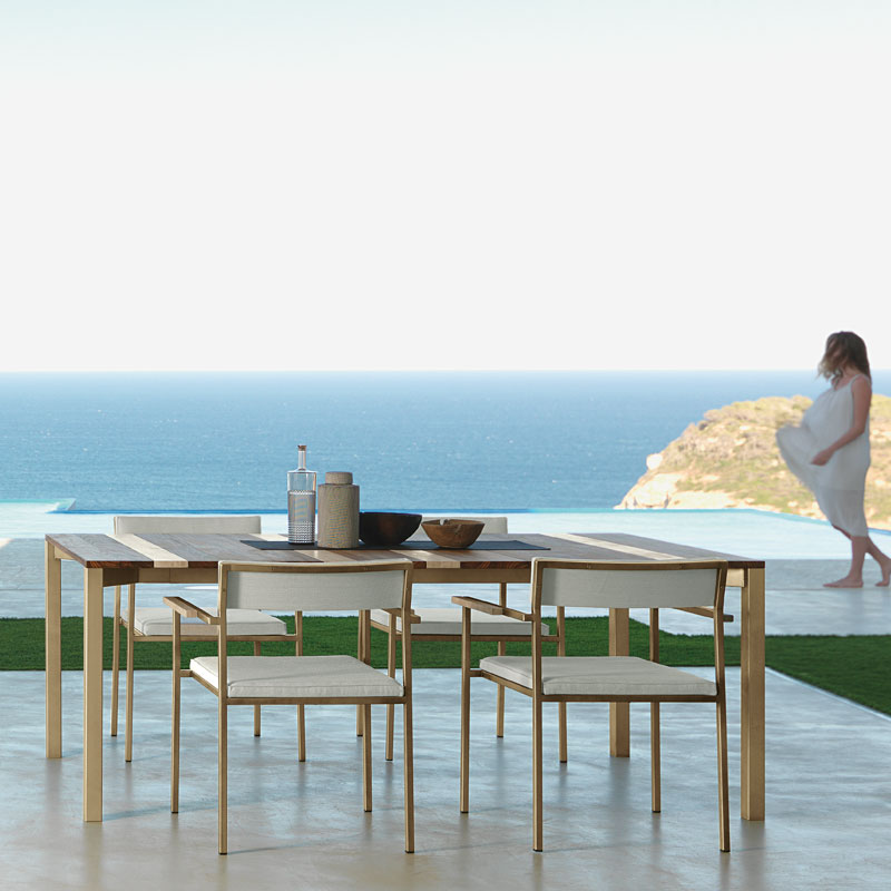 casilda-talent-italian-outdoor-furnture-table-sofa