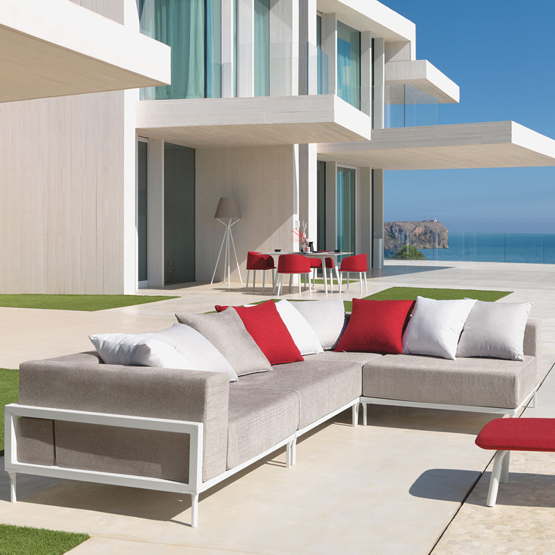cleo-alu-sofa-setting-talenti-italian-furniture-outdoor-pool