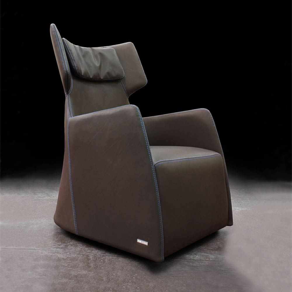 CLUB-gamma-armchair
