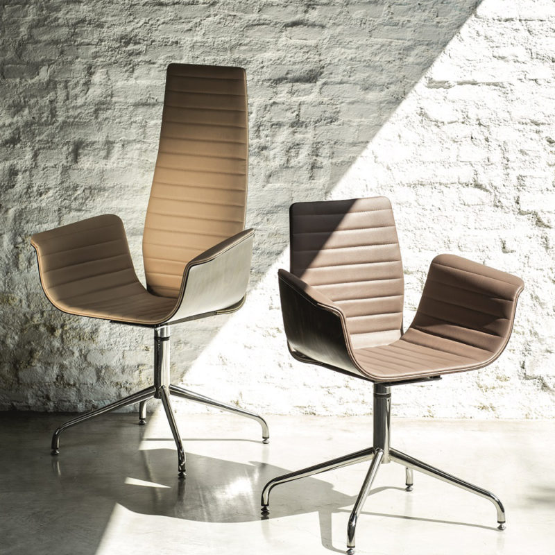 meeting-ozzio-chairs