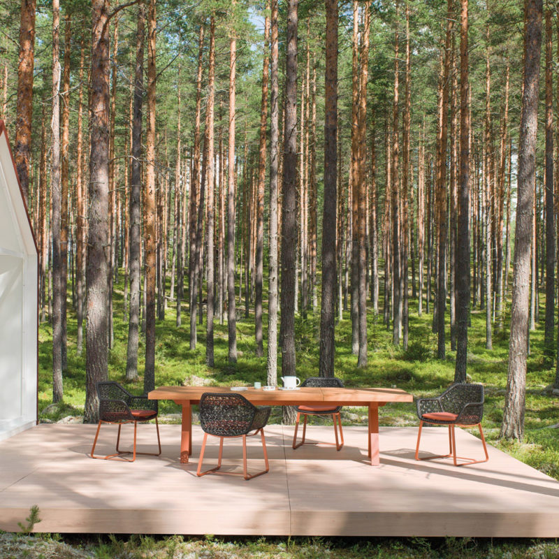 Maia-dining-kettal-outdoor