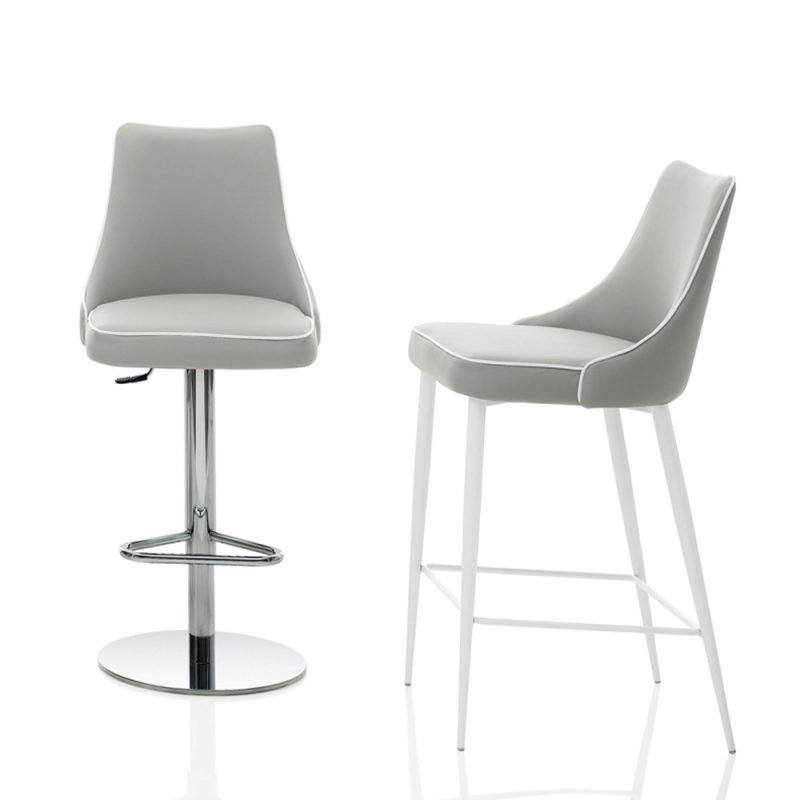 Clara-bontempi-bar-chairs