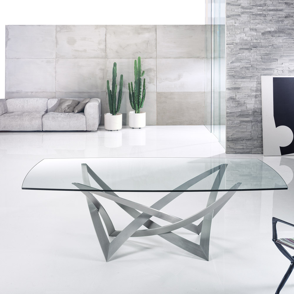 Infinito-72-reflex-dining-table