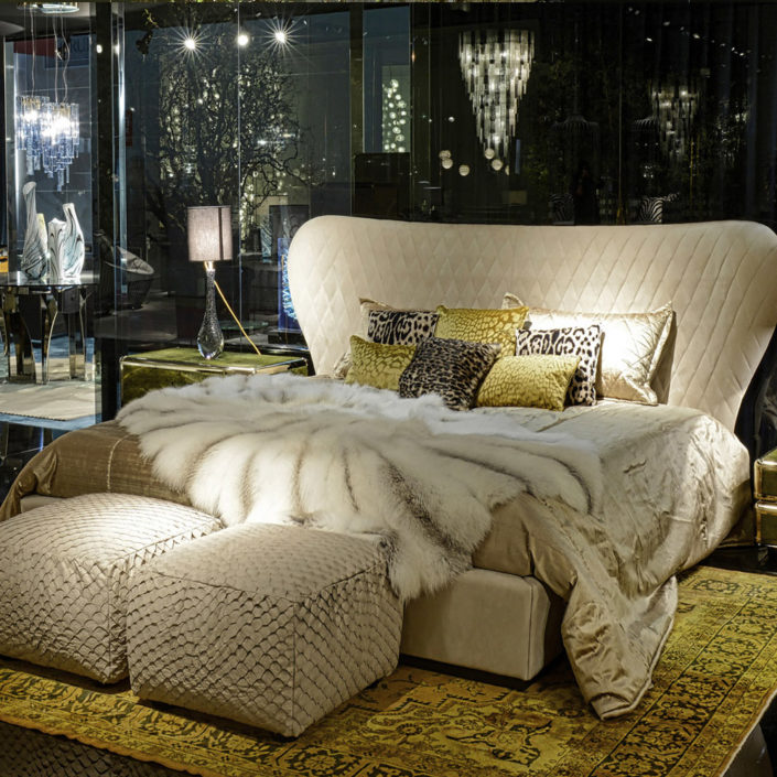 Grace-bed-roberto-cavalli-home-interiors