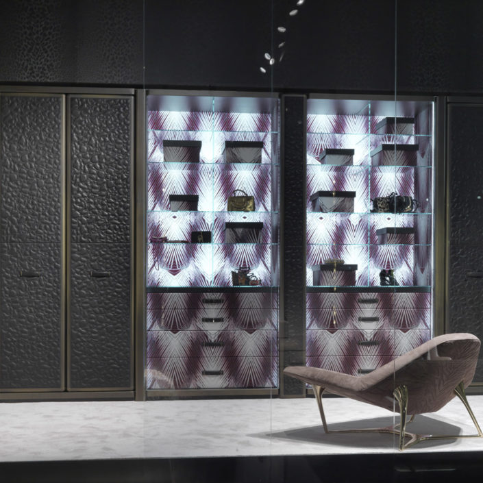 Narcisco-walk-in-close-roberto-cavalli-home-interiors