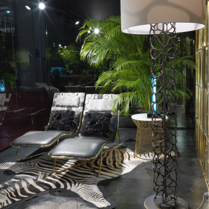 Pepeete-chaise-lounges-roberto-cavalli-home-interiors