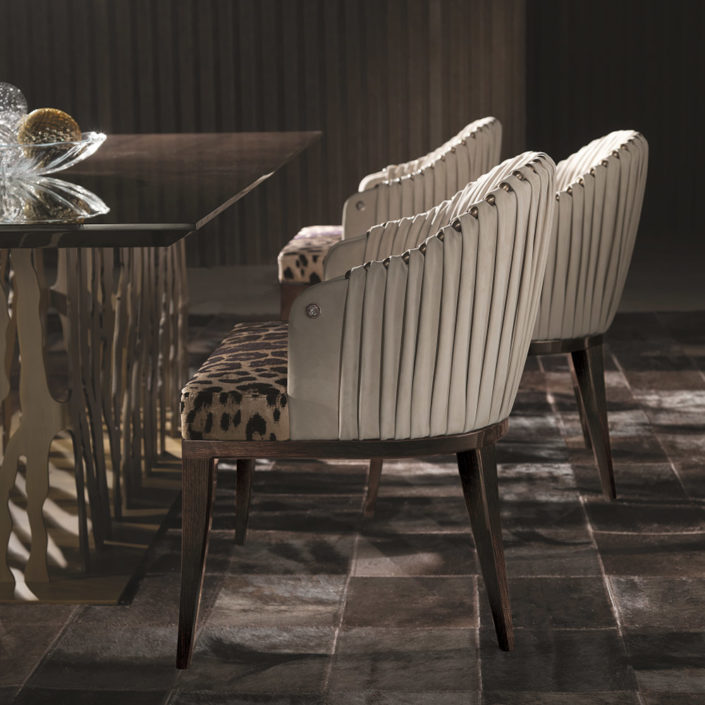 Sharpei-chairs-roberto-cavalli-home-interiors