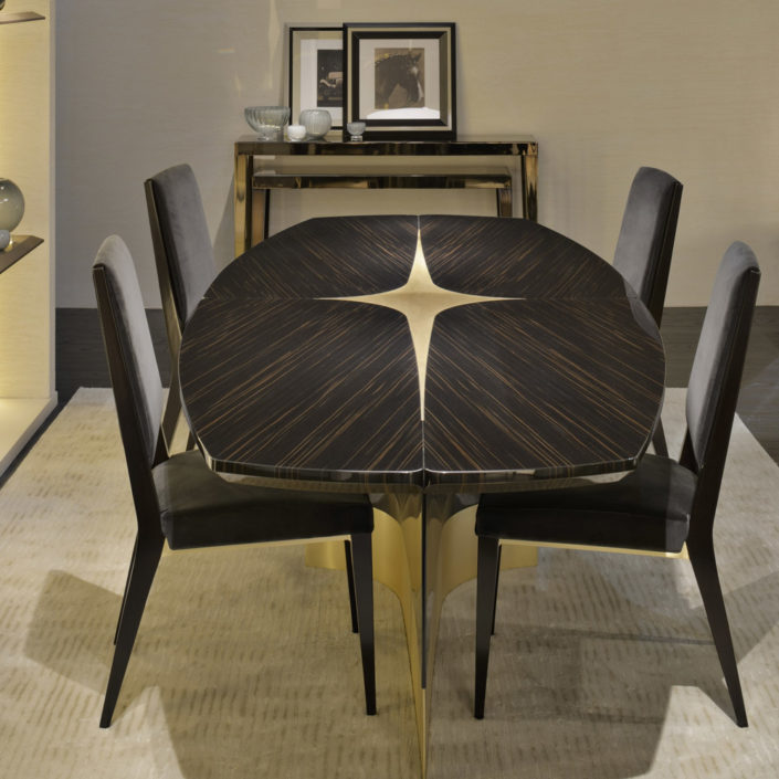 R  Dining Room Table