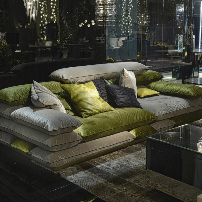 Template-sofa-roberto-cavalli-home-interiors