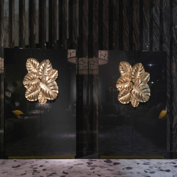 roberto-cavalli-home-interiors-salone-del-mobile-new-products