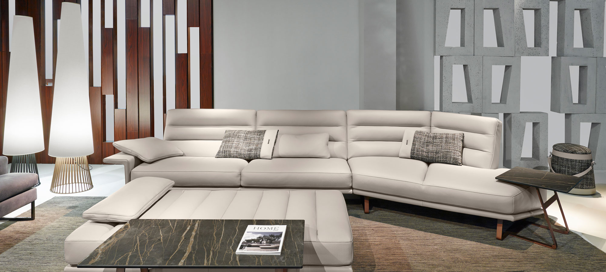 Renegade-2-sofa-gamma-italian-leather-new-trend-luxury